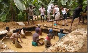 Hard Working Gemstone Miners at work in Sri-Lanka